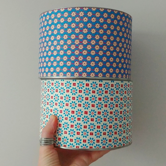 4/$15 - patterned cardboard containers